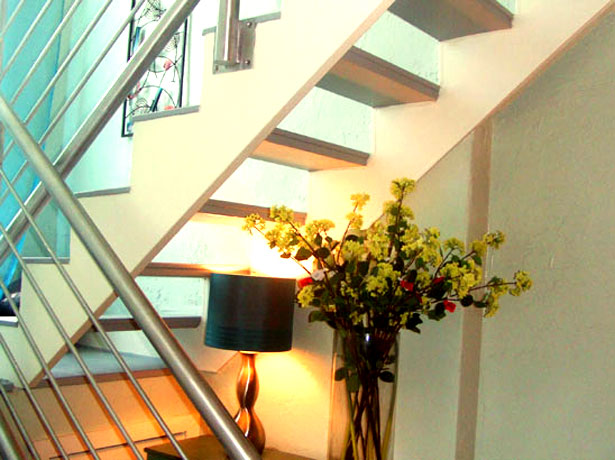 2 level lofts stairs